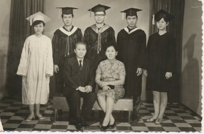 [photo of grads]